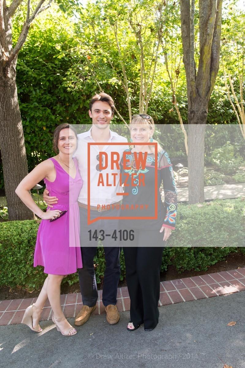 Jenna Riggio, Tom Moore, Robin Riggio, Photo #143-4106