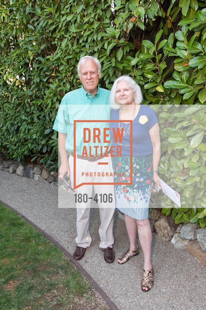Dave Martinson, Sue Martinson, Photo #180-4106