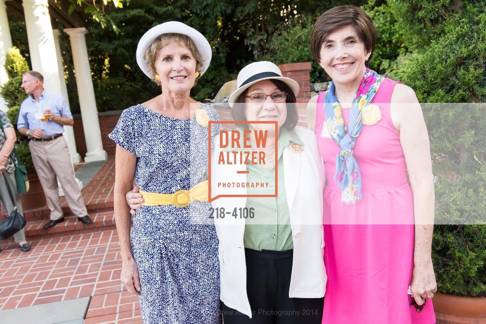 Carol Harband, Anna Kayiatos, Judy Stephenson, Photo #218-4106