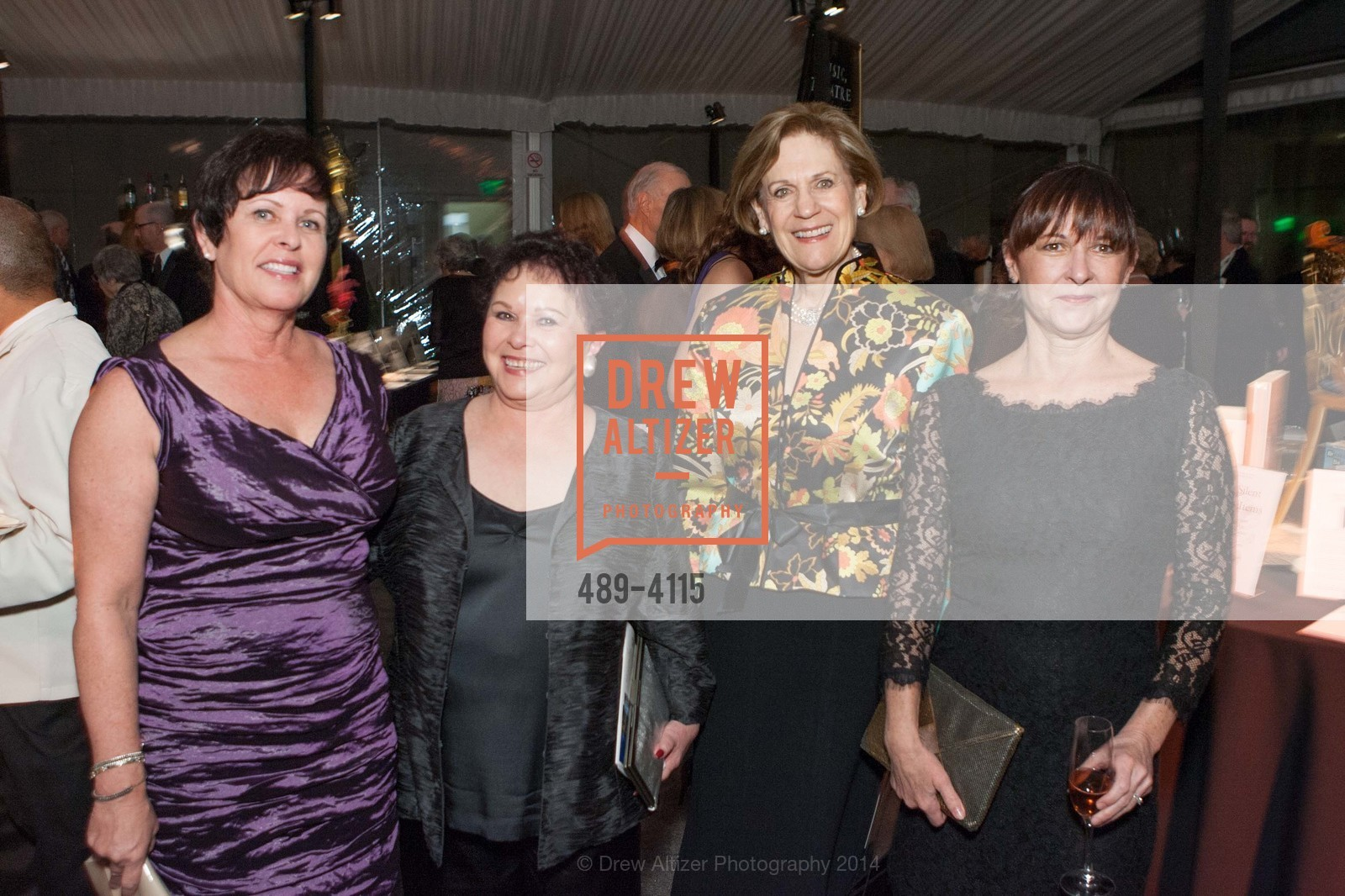 Carrie Williams, Donna Williams, Debbie Epstein, Cami Forhan, Photo #489-4115