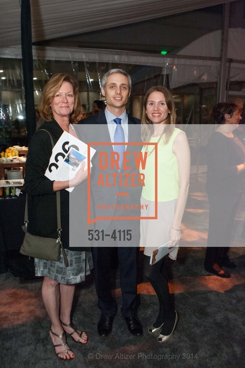 Debbie Moreau, Oliver Cowen, Laura Moreau, Photo #531-4115