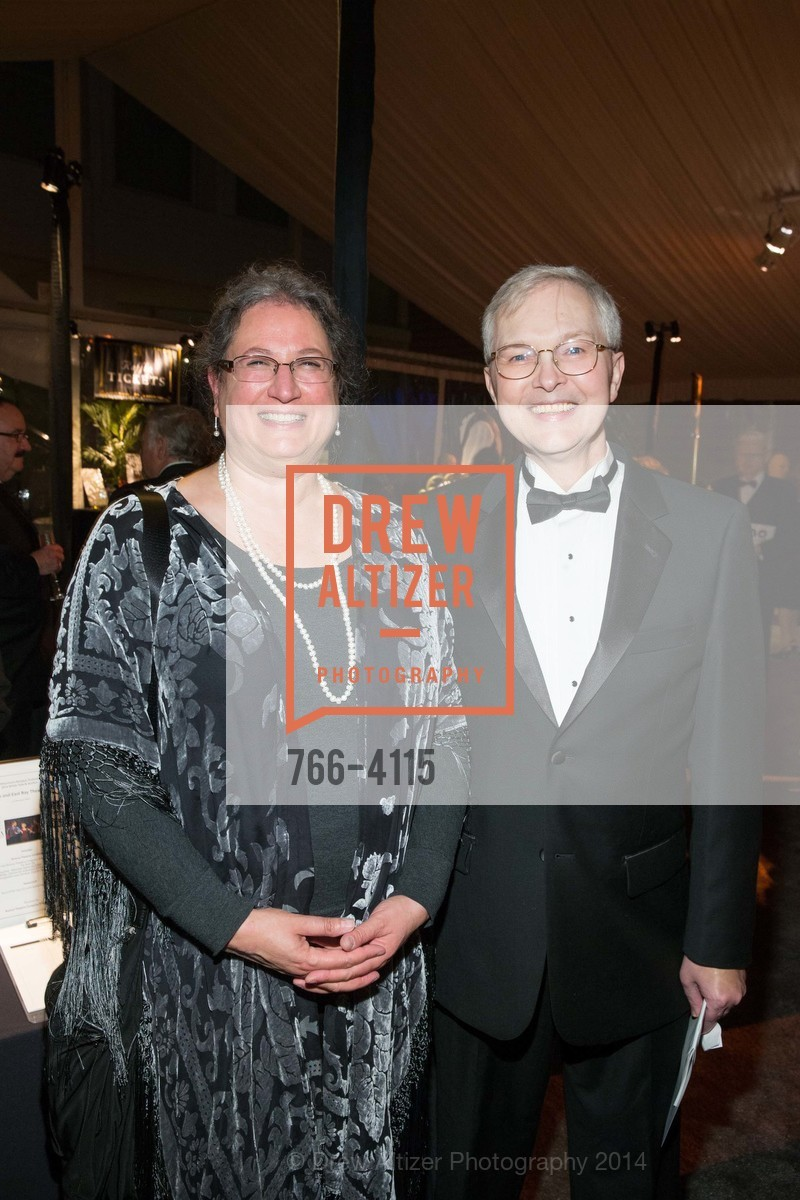 Leila El-Wakil, Ross Armstrong, Photo #766-4115