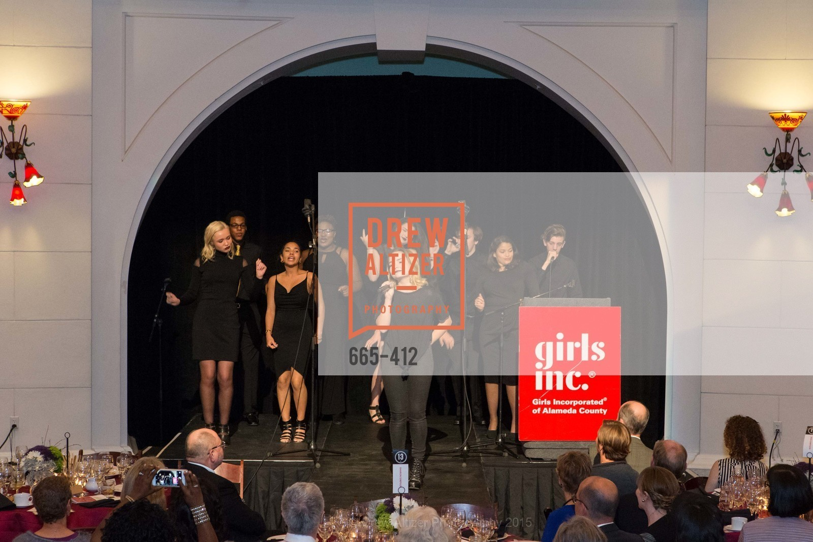 Performance, Girls Inc's of Alameda WOMEN OF TASTE, Rotunda. 00 Frank Ogawa Plaza, October 24th, 2015,Drew Altizer, Drew Altizer Photography, full-service event agency, private events, San Francisco photographer, photographer California