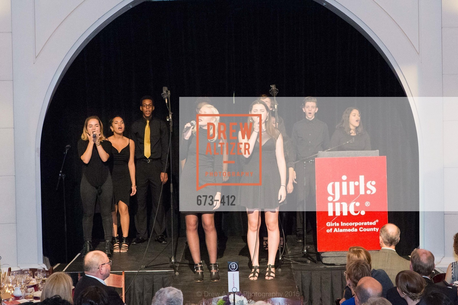 Performance, Girls Inc's of Alameda WOMEN OF TASTE, Rotunda. 00 Frank Ogawa Plaza, October 24th, 2015,Drew Altizer, Drew Altizer Photography, full-service agency, private events, San Francisco photographer, photographer california