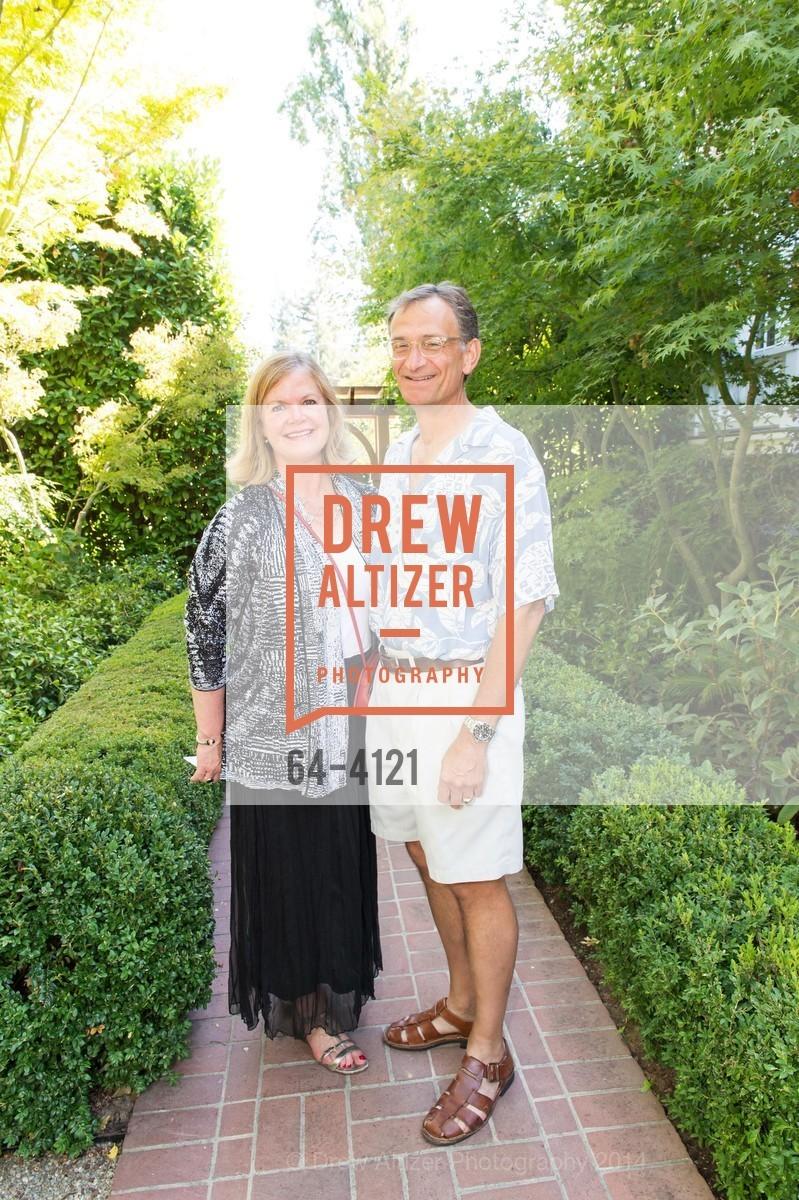 Nancy Rowe, Mike Rowe, Photo #64-4121
