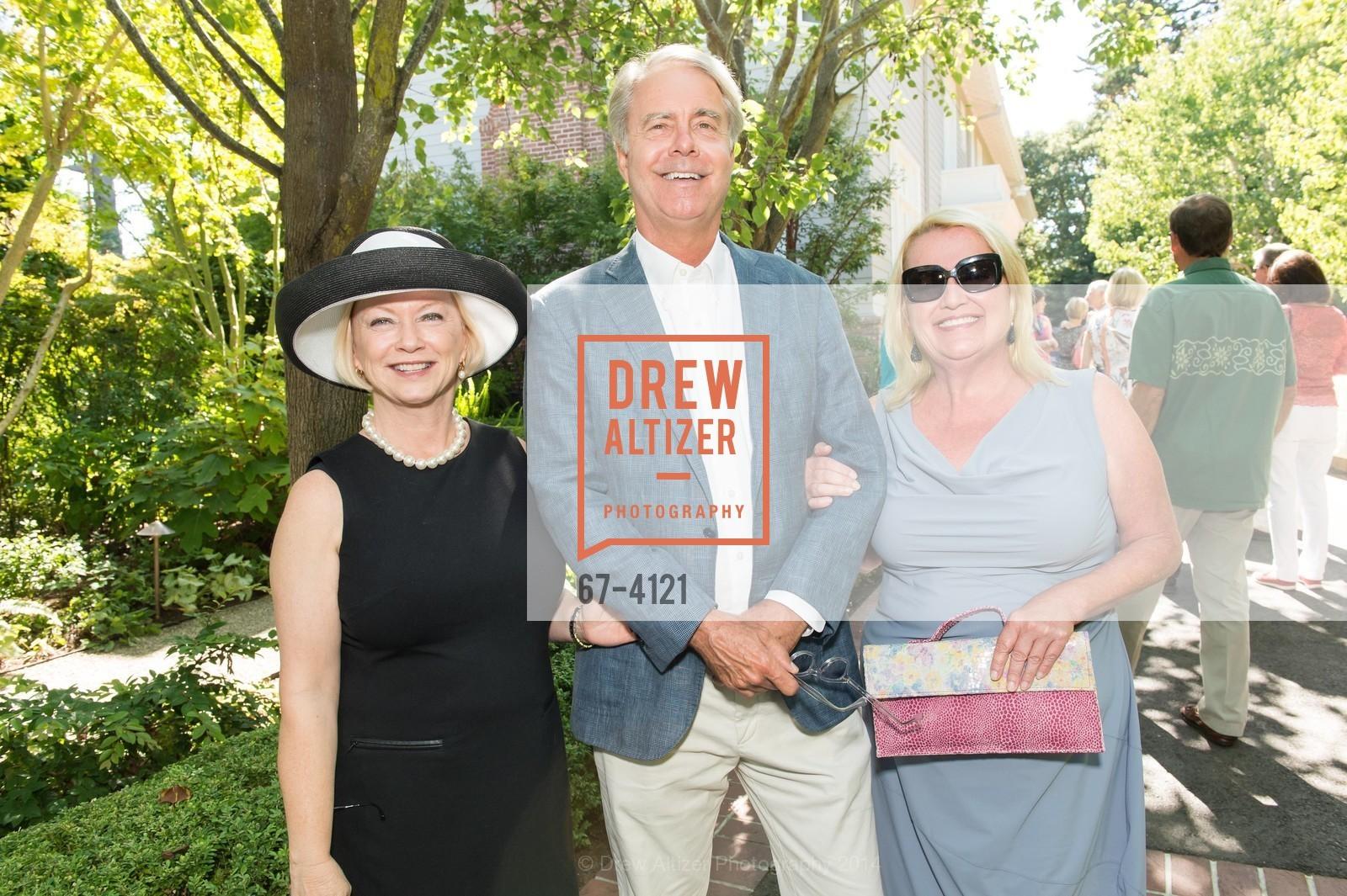 Joanne Garrison, Peter Garrison, Sarah Beckheyer, Photo #67-4121