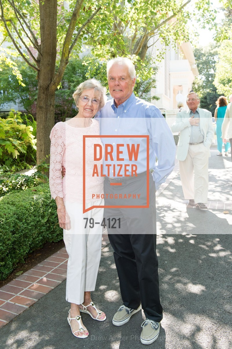 Carolyn Deatherage, Photo #79-4121