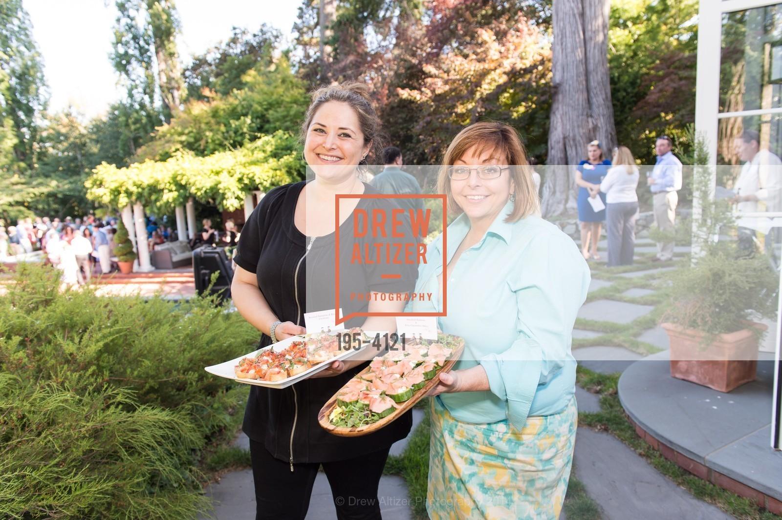 Amanda Ross, Maureen Kelly, Photo #195-4121