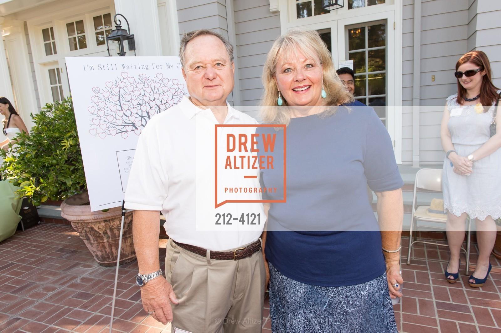 Aron Hoffman, Linda Hoffman, Photo #212-4121