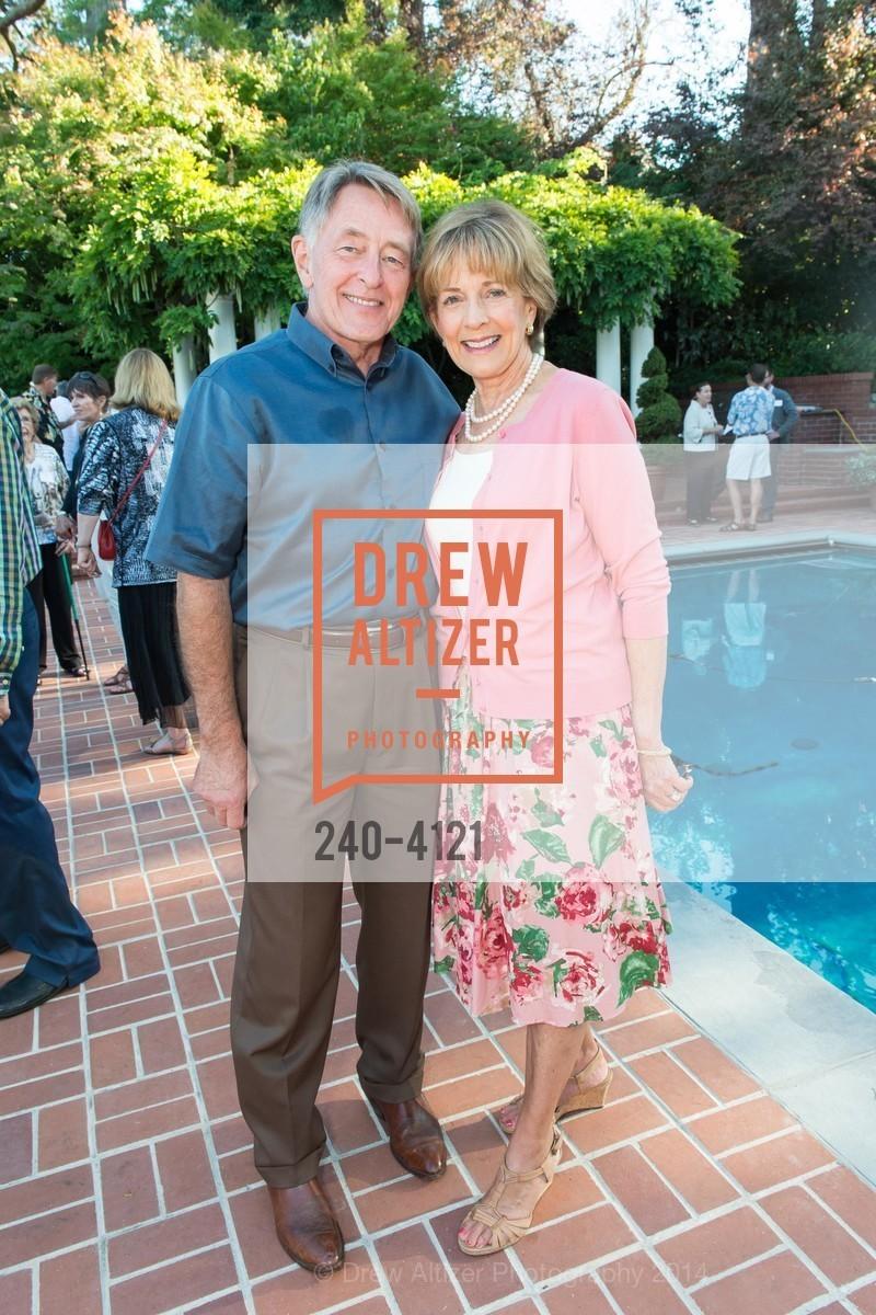 Steve Weller, Nancy Weller, Photo #240-4121