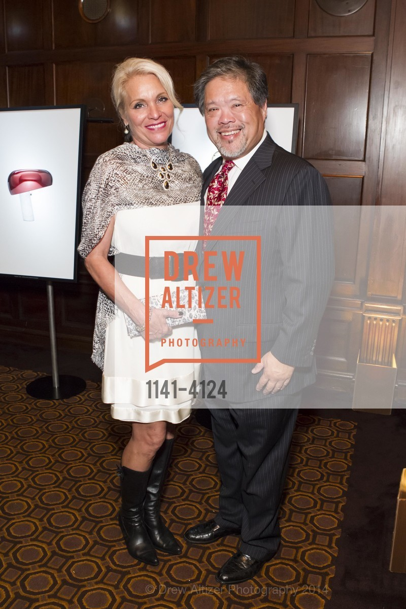 Pamela Kelley, Harold Wong, Photo #1141-4124