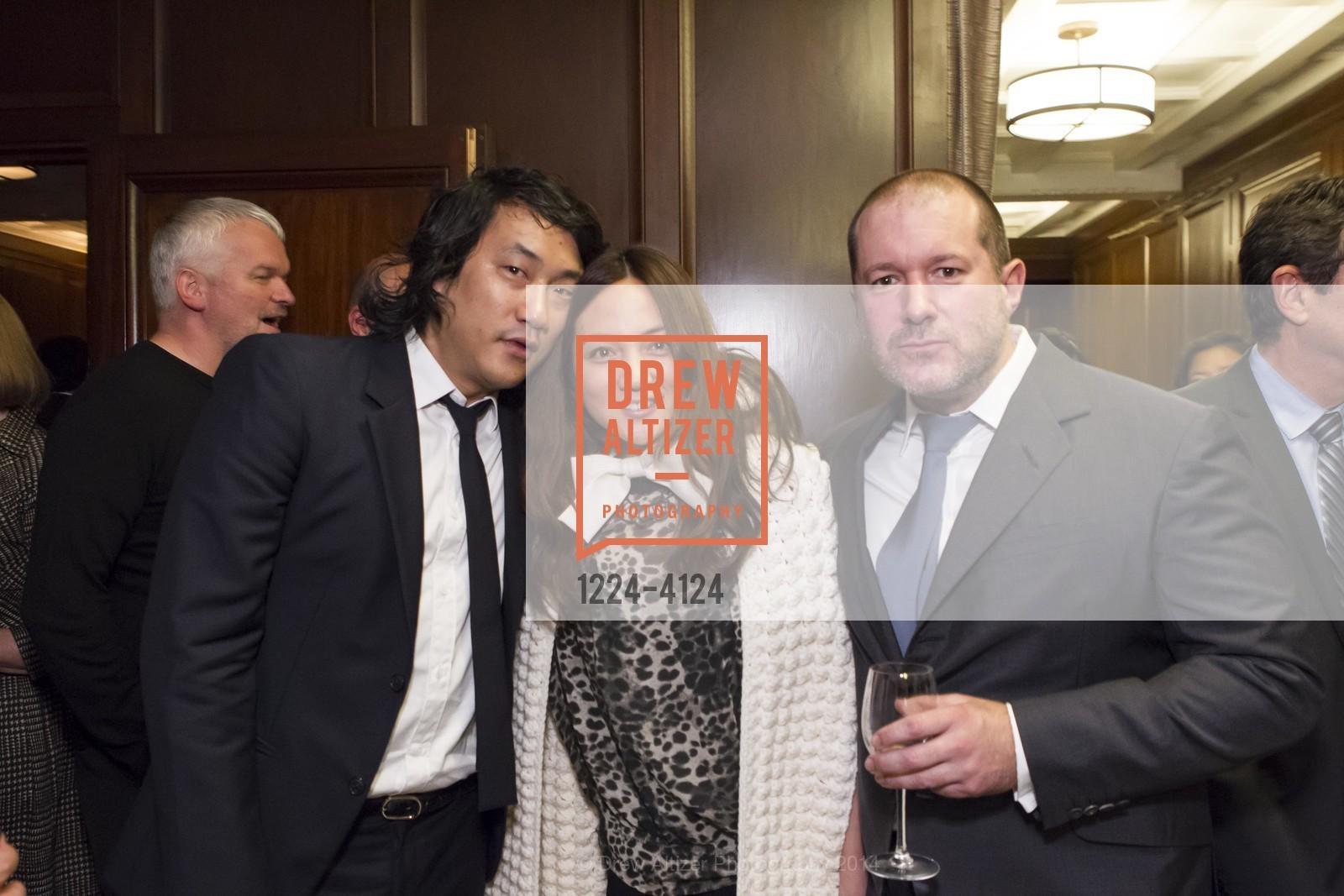 Eugene Hwang, Makiko Fujikawa, Jony Ive, Photo #1224-4124