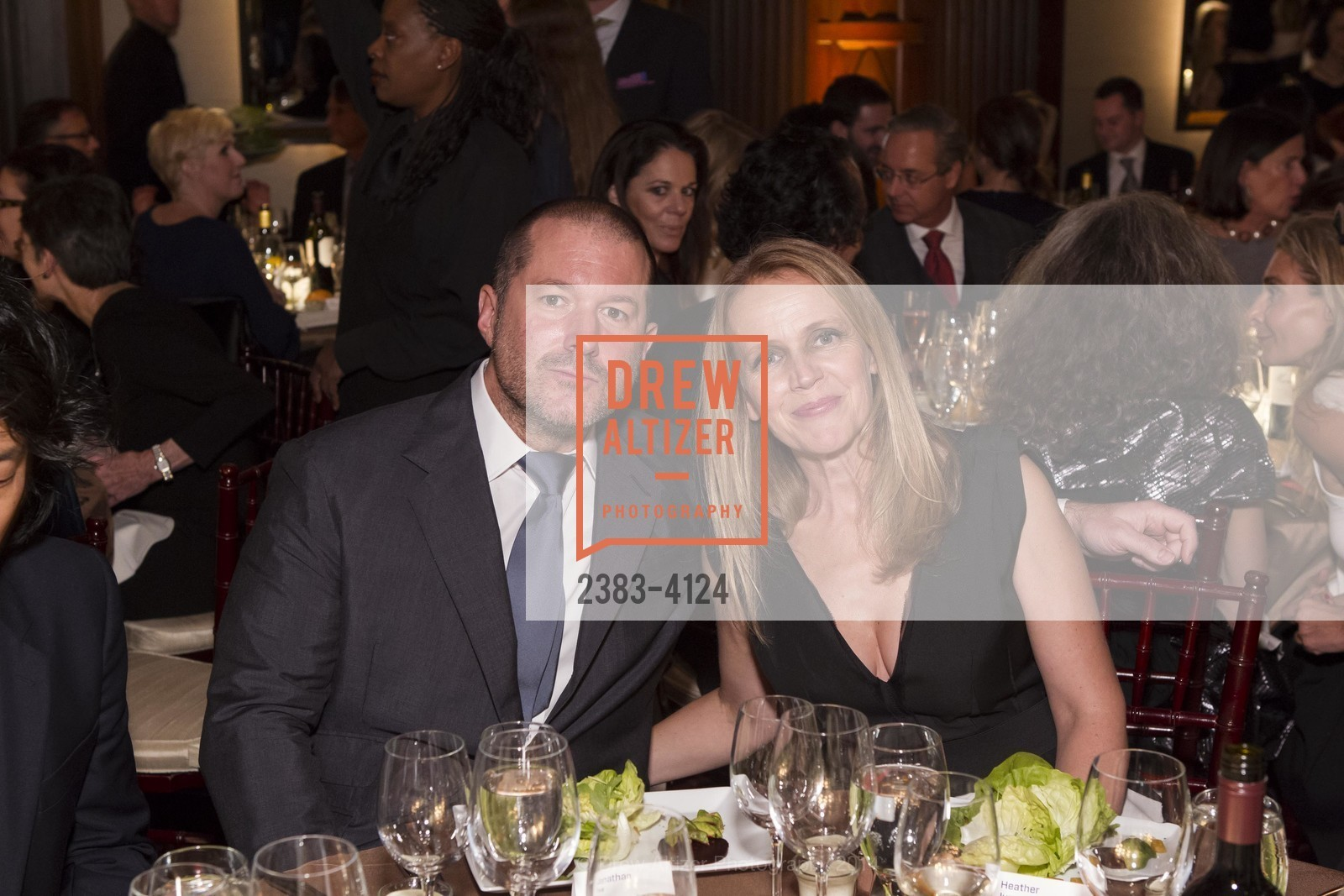 Jony Ive, Heather Ive, Photo #2383-4124
