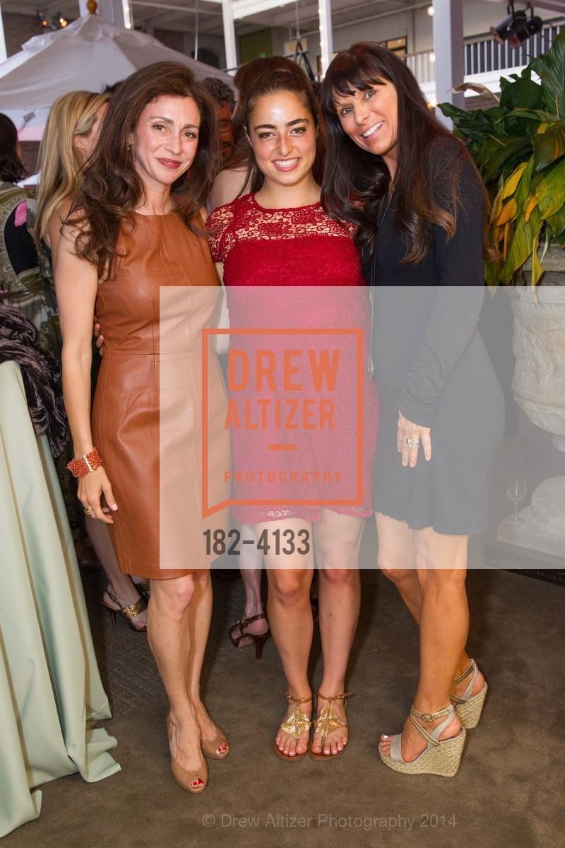 Maryam Muduroglu, Kayla Nahi, Diane Boudreault, Photo #182-4133