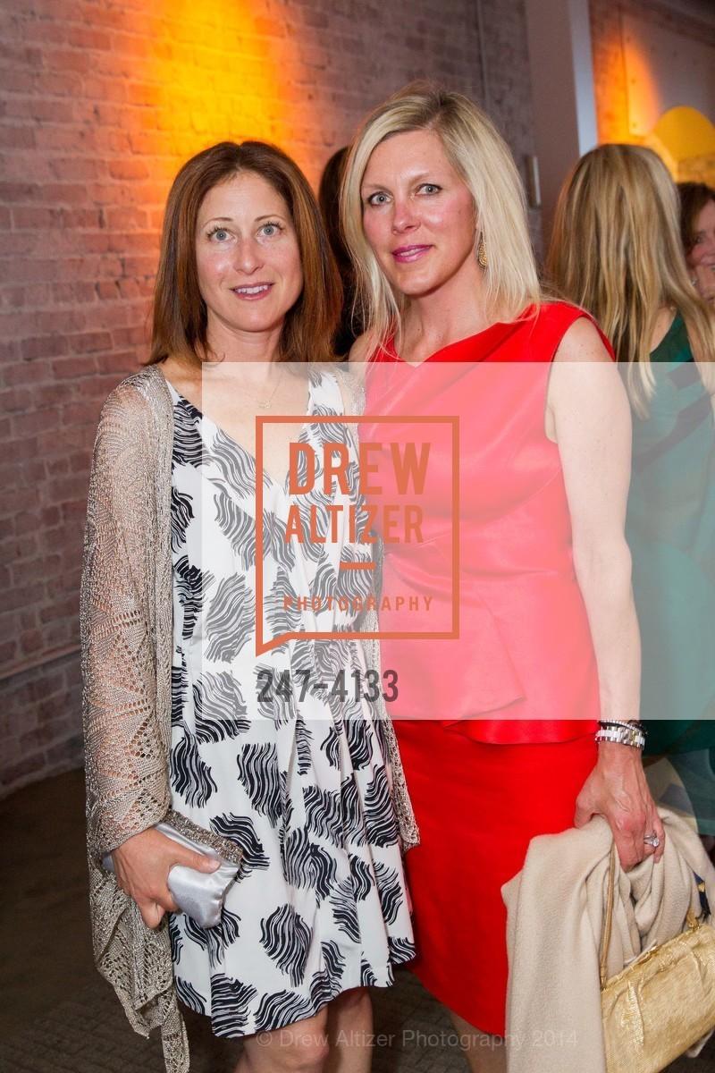 Stephanie Lehman, Holly Farrell, Photo #247-4133