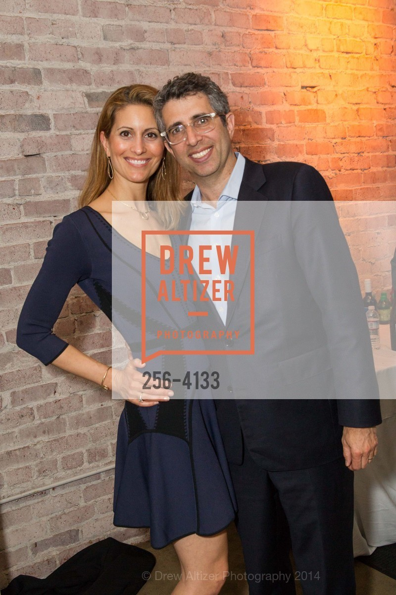 Suzanne Colodny, Mark Colodny, Photo #256-4133