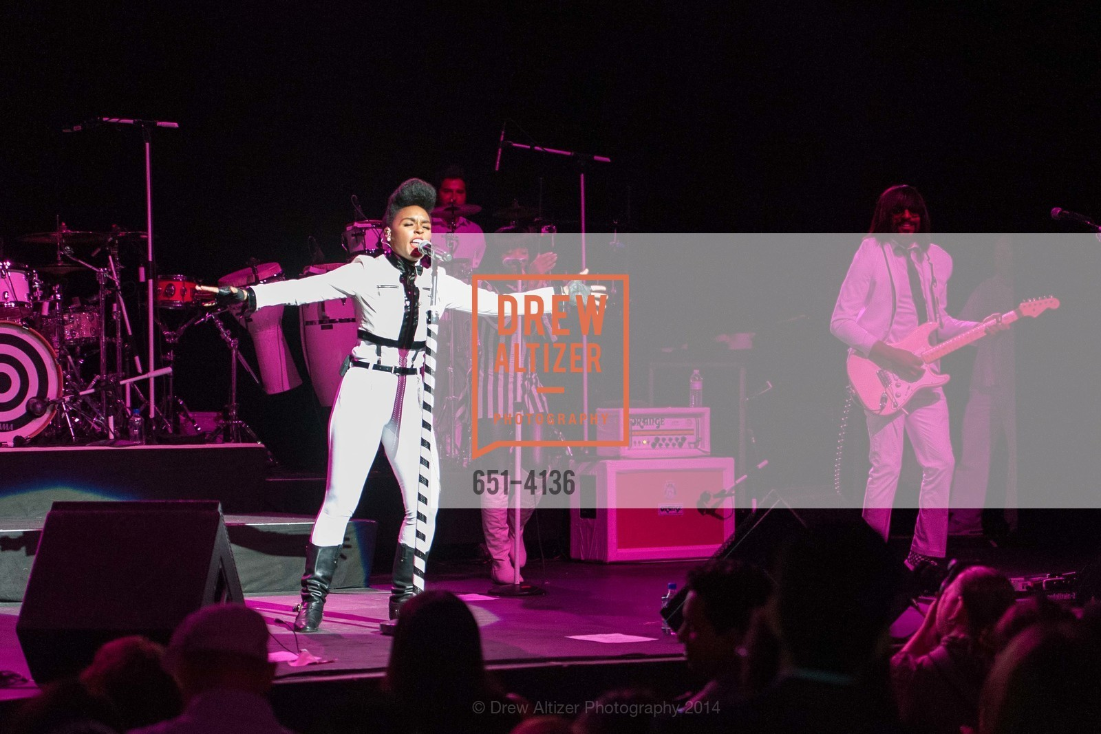 Performance By Janelle Monae, Photo #651-4136
