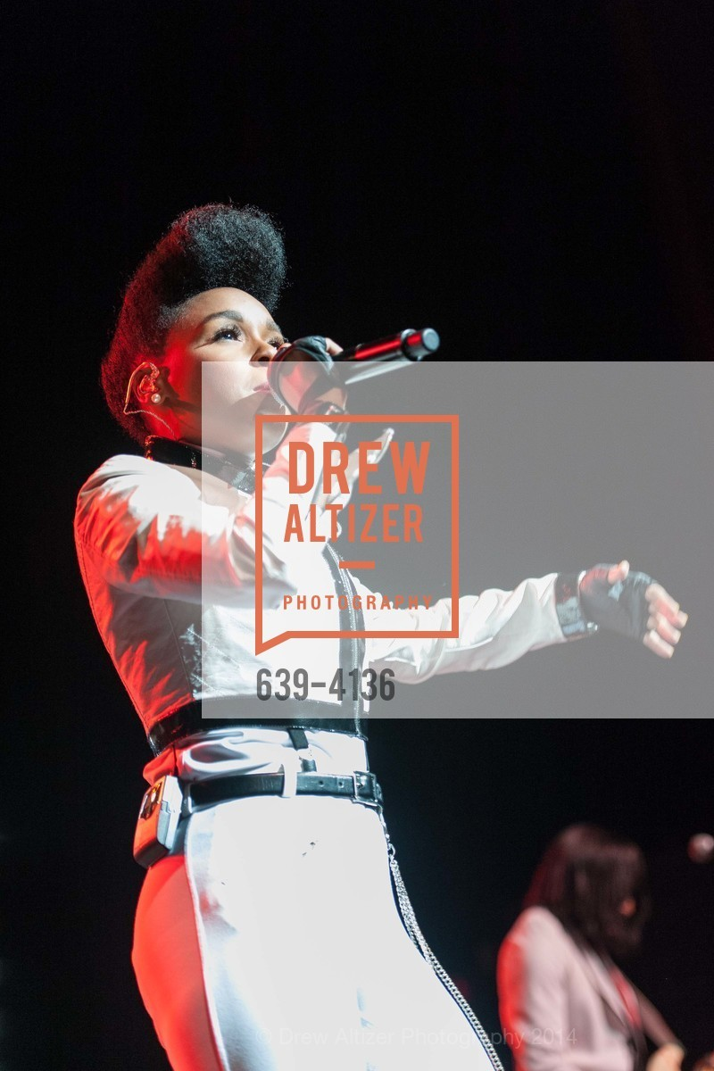 Performance By Janelle Monae, Photo #639-4136