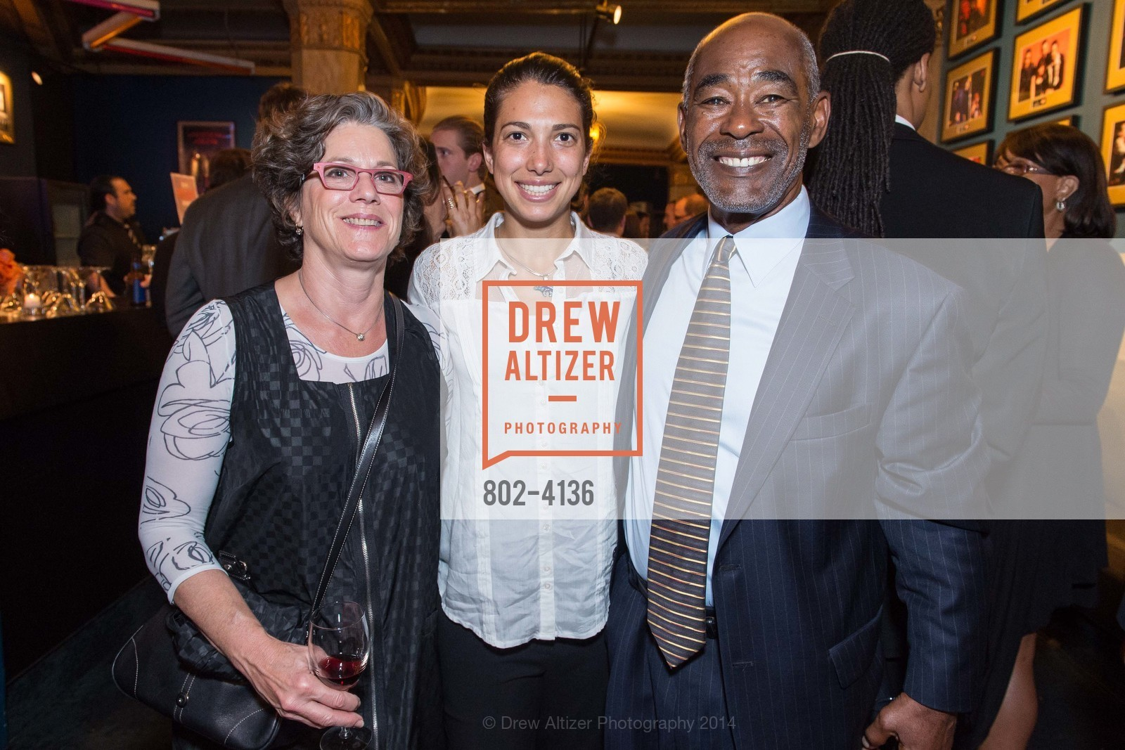 ? Greiff, Sonya Jarvits, Bob Davis, Photo #802-4136