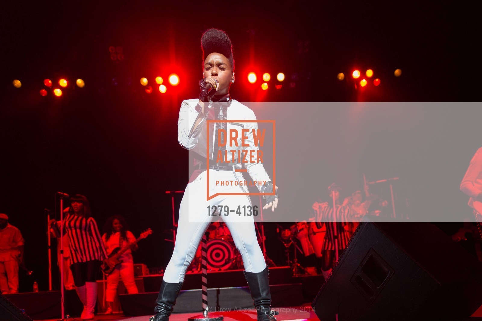 Performance By Janelle Monae, Photo #1279-4136