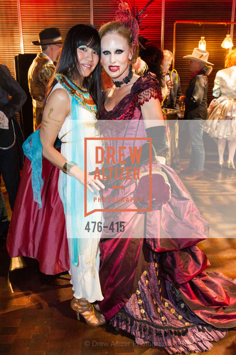 Rachelle Turrell, Holly Hollenbeck, SPOOKED AT THE STRAND Presented by the American Conservatory Theater, The Strand Theater. 1127 Market Street, October 26th, 2015,Drew Altizer, Drew Altizer Photography, full-service agency, private events, San Francisco photographer, photographer california