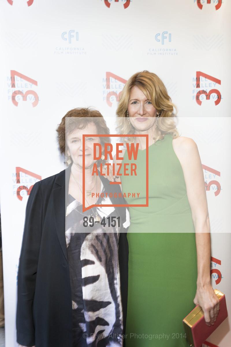 Zoe Elton, Laura Dern, Photo #89-4151