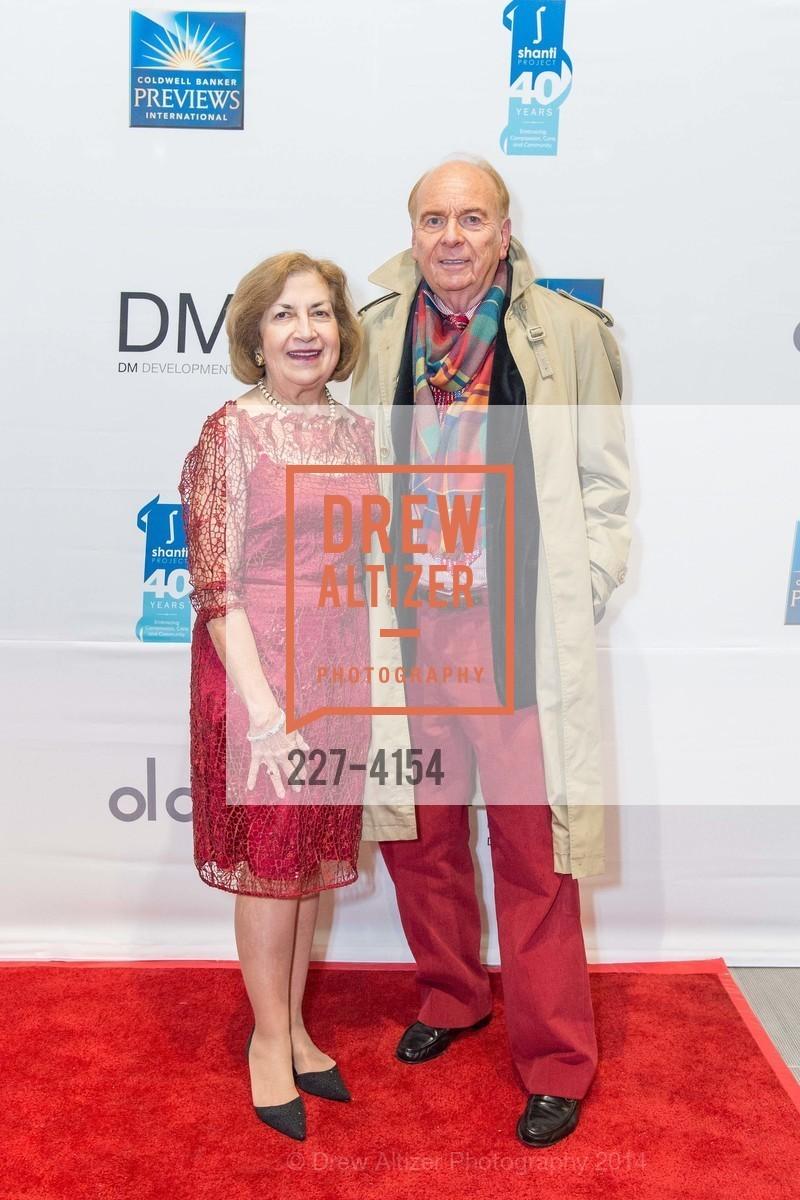 Joan Silva, David Pace, Photo #227-4154
