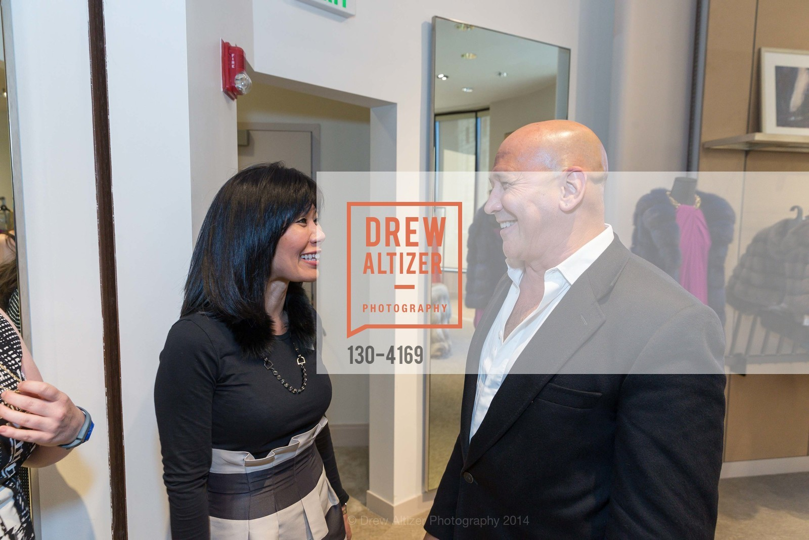 Shelley Cramer, Carmen Marc Valvo, Photo #130-4169