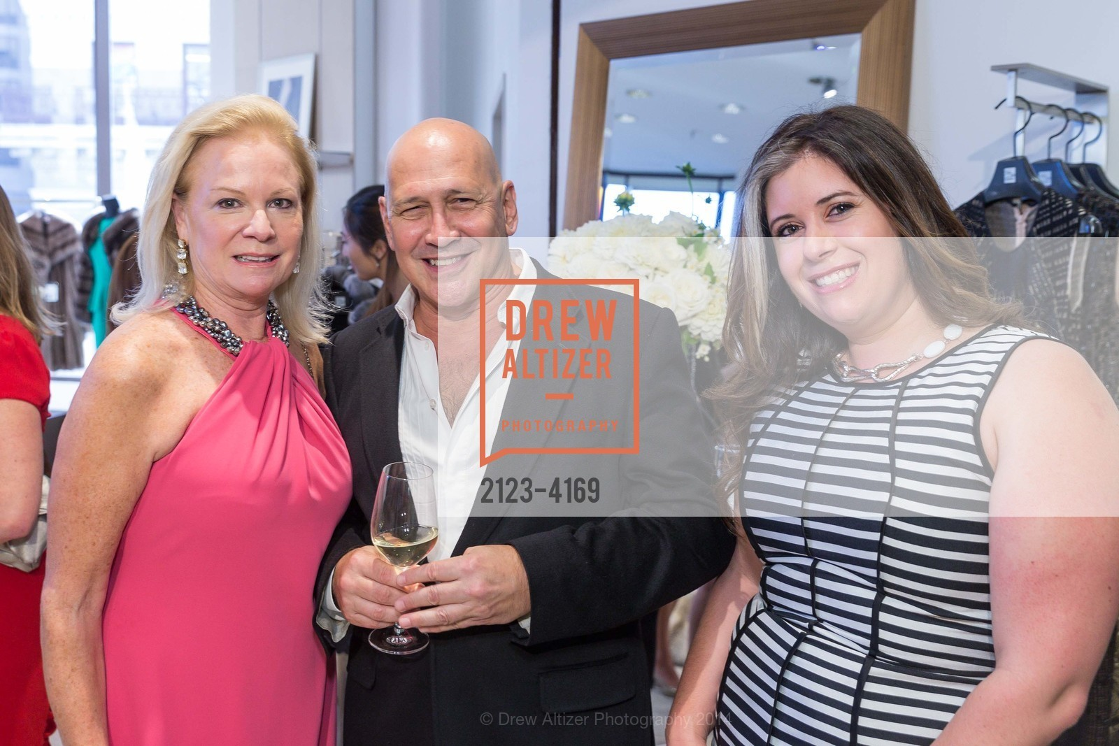 Claire Kostic, Carmen Marc Valvo, Ashley de Smeth, Photo #2123-4169