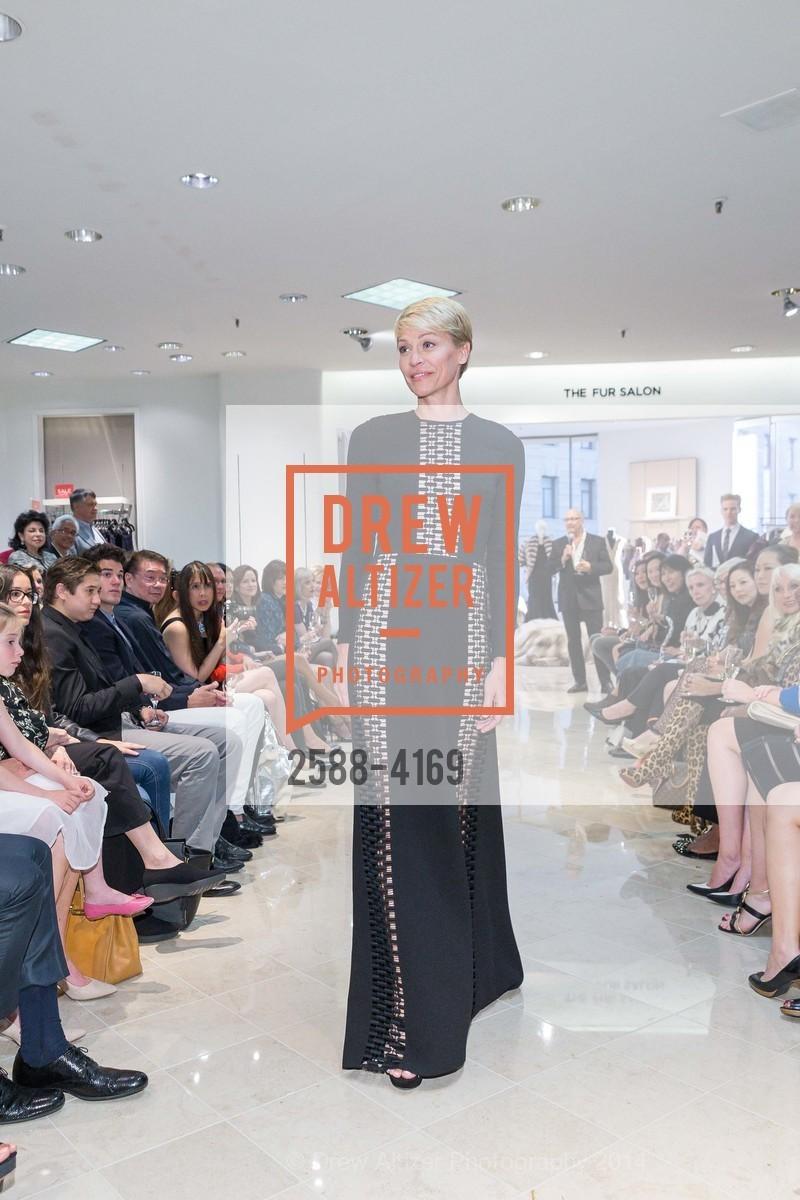 Fashion Show, Photo #2588-4169