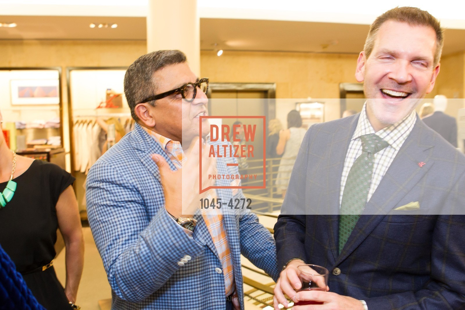 Riccardo Benavides, Eric Petsinger, Photo #1045-4272