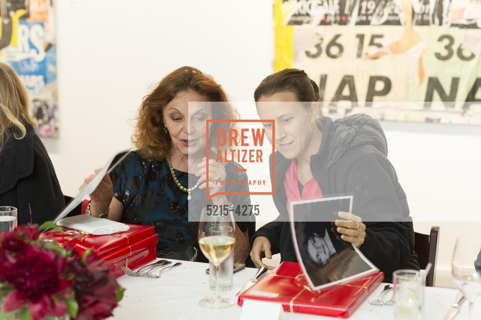 Diane von Furstenberg, Anne Wojcicki, Photo #5215-4275