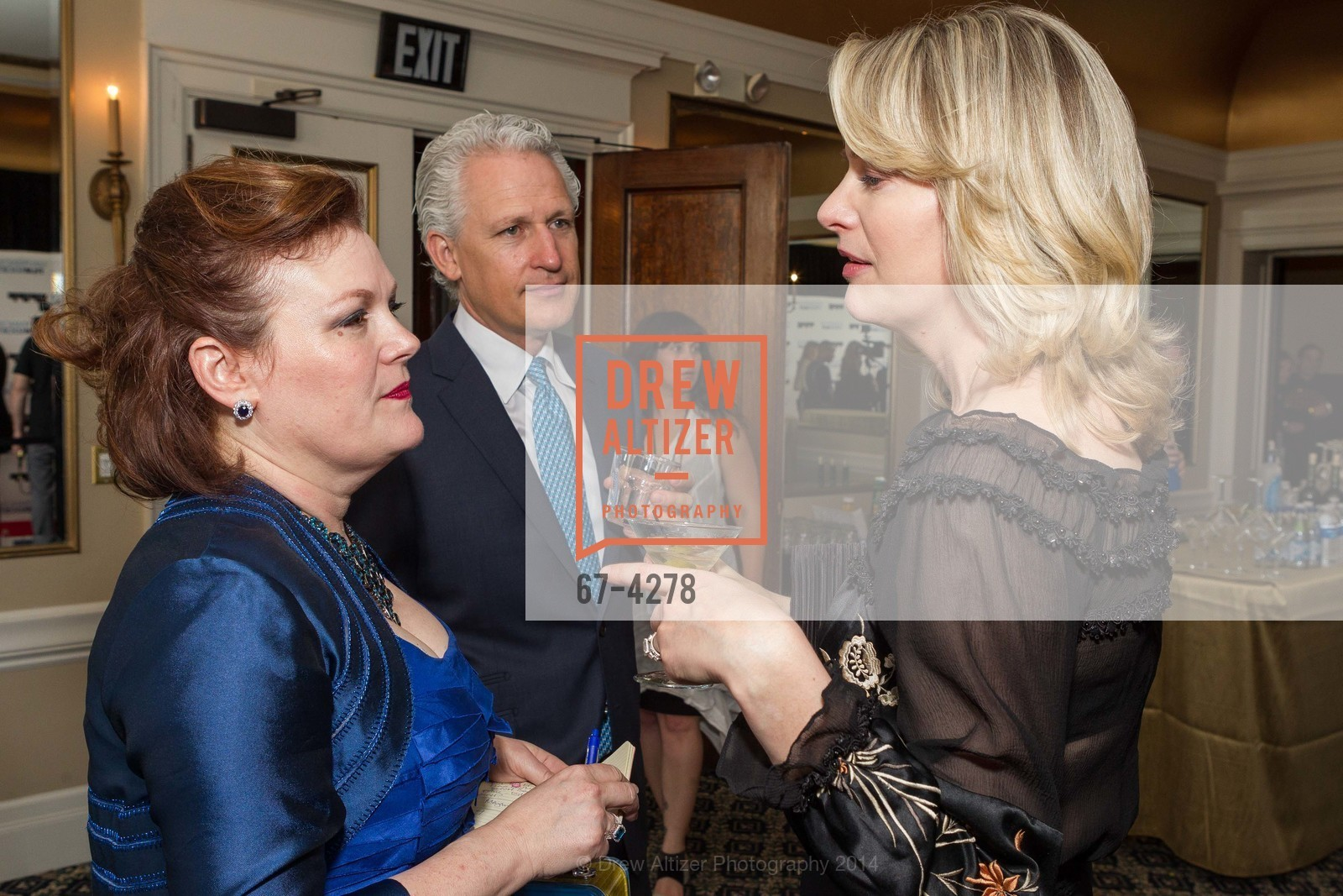 Jennifer Raiser, Phillip Riaser, Victoria Raiser, Photo #67-4278