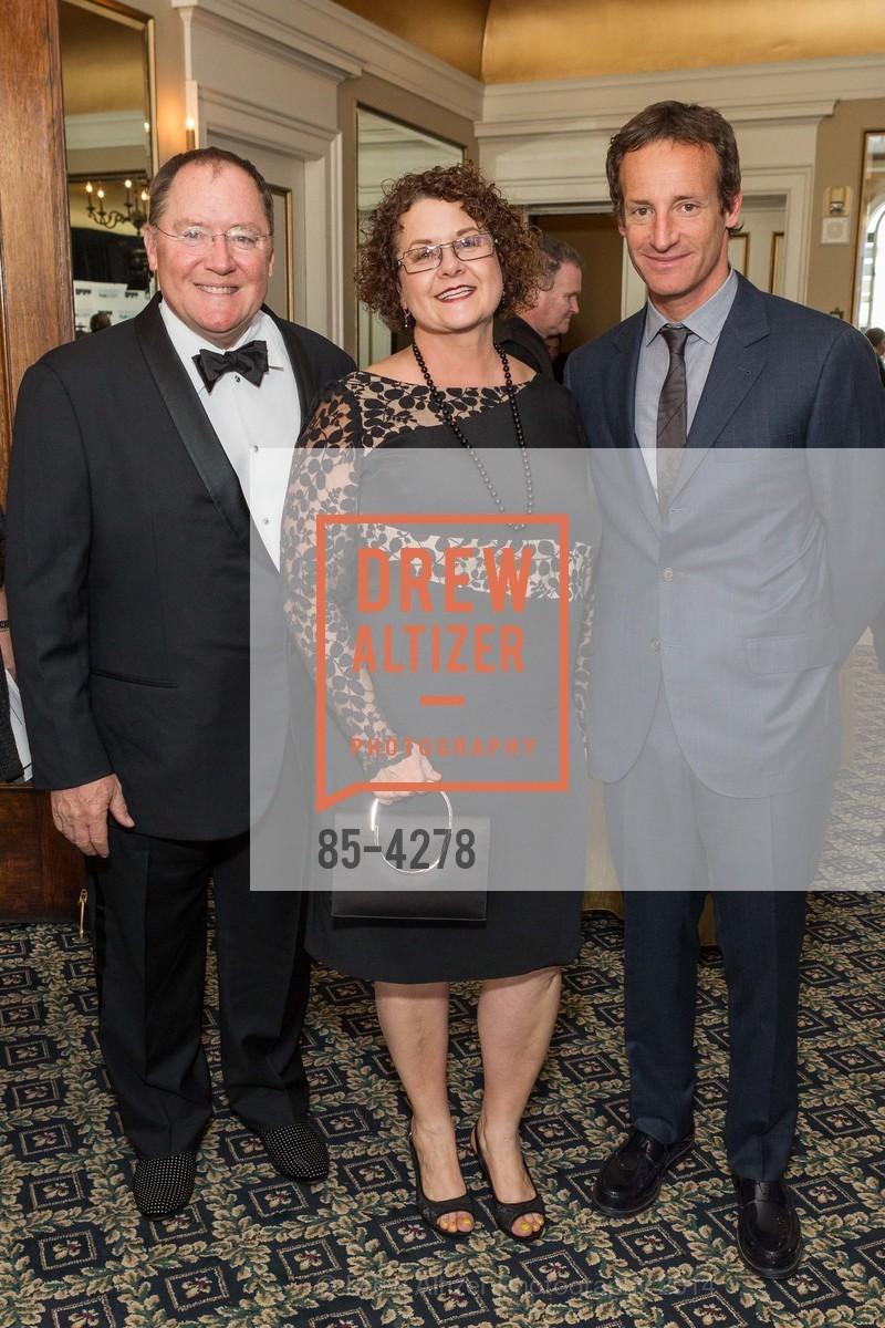 John Lasseter, Nancy Lasseter, Todd Traina, Photo #85-4278