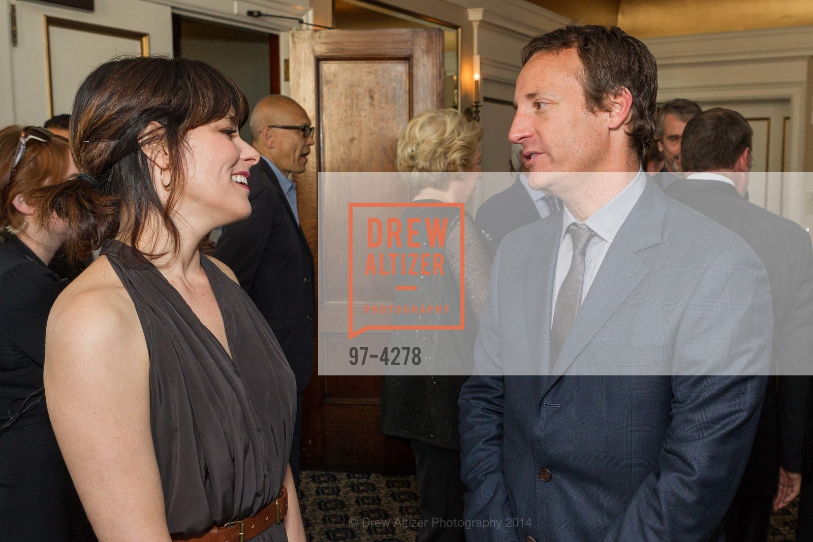 Parker Posey, Todd Traina, Photo #97-4278