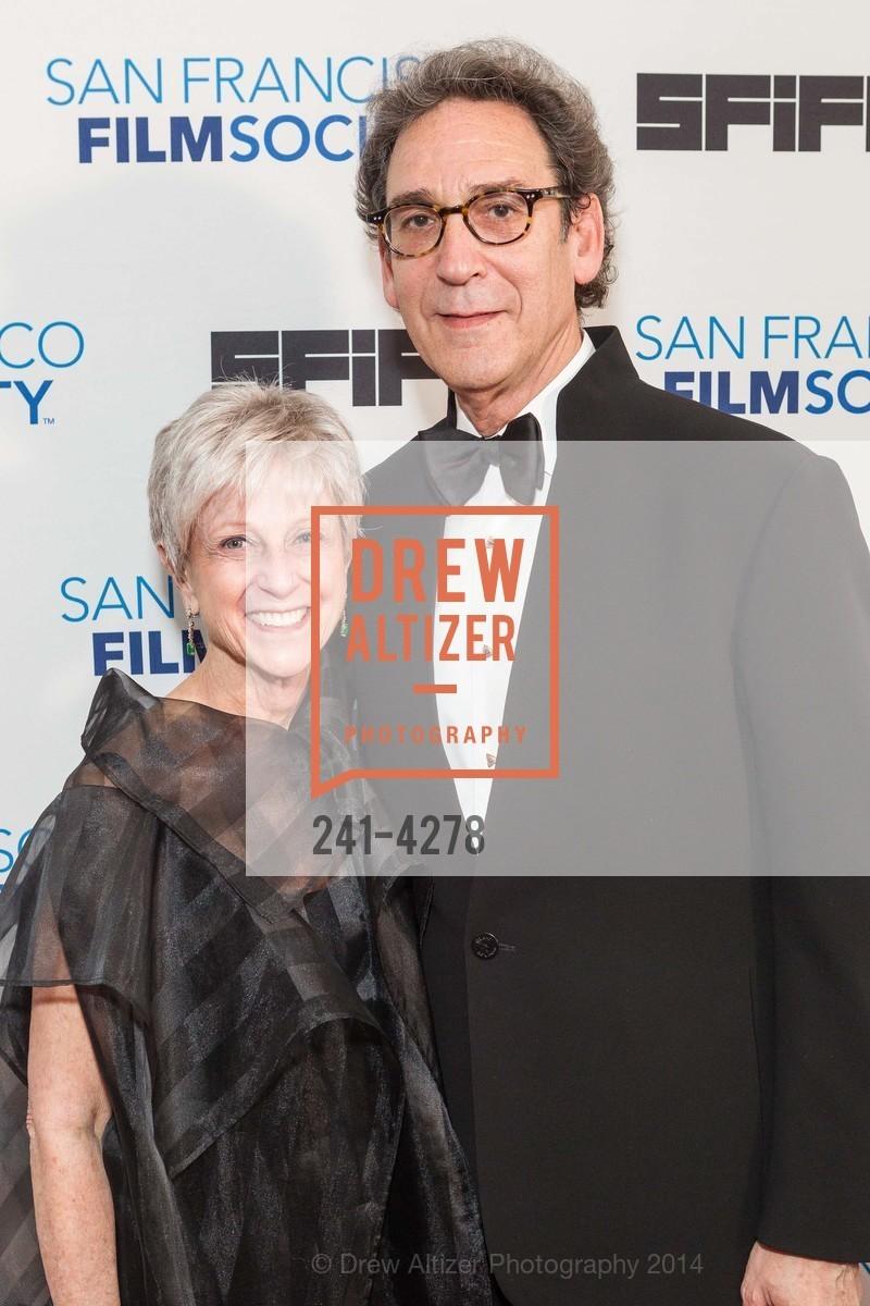Nancy Livingston, Fred Levin, Photo #241-4278