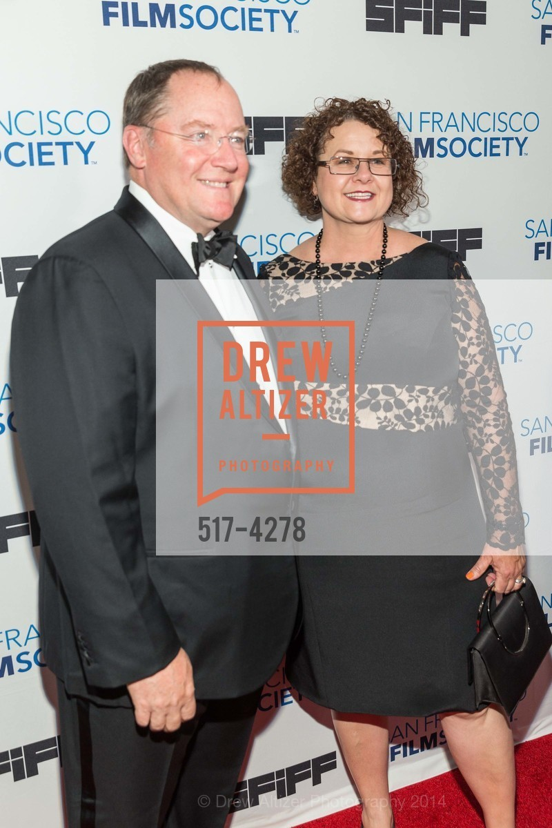 John Lasseter, Nancy Lasseter, Photo #517-4278