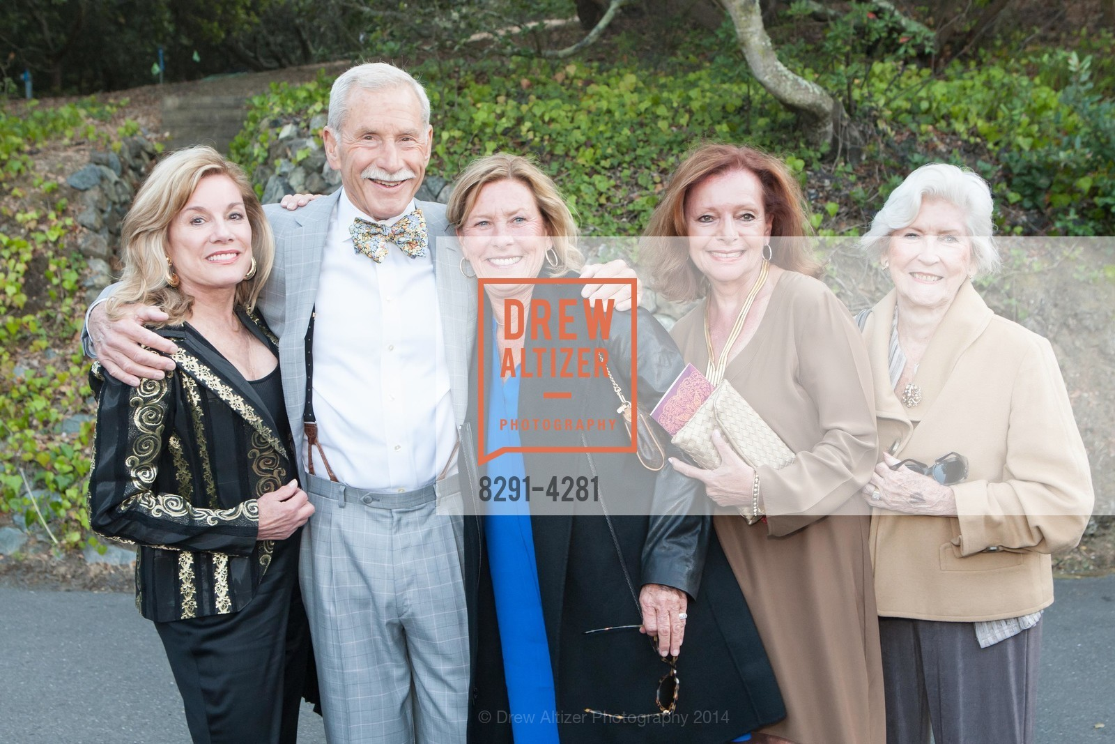 Charlie Geiss, Maxwell Drever, Claudia Crocker, Sandra Paige, Ruth Jaubert, Photo #8291-4281