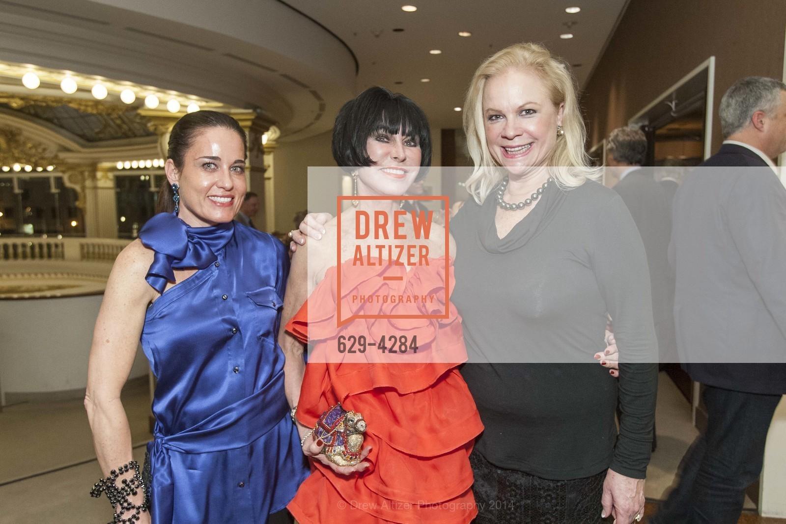 Natalia Urrutia, Marilyn Cabak, Claire Kostic, Photo #629-4284