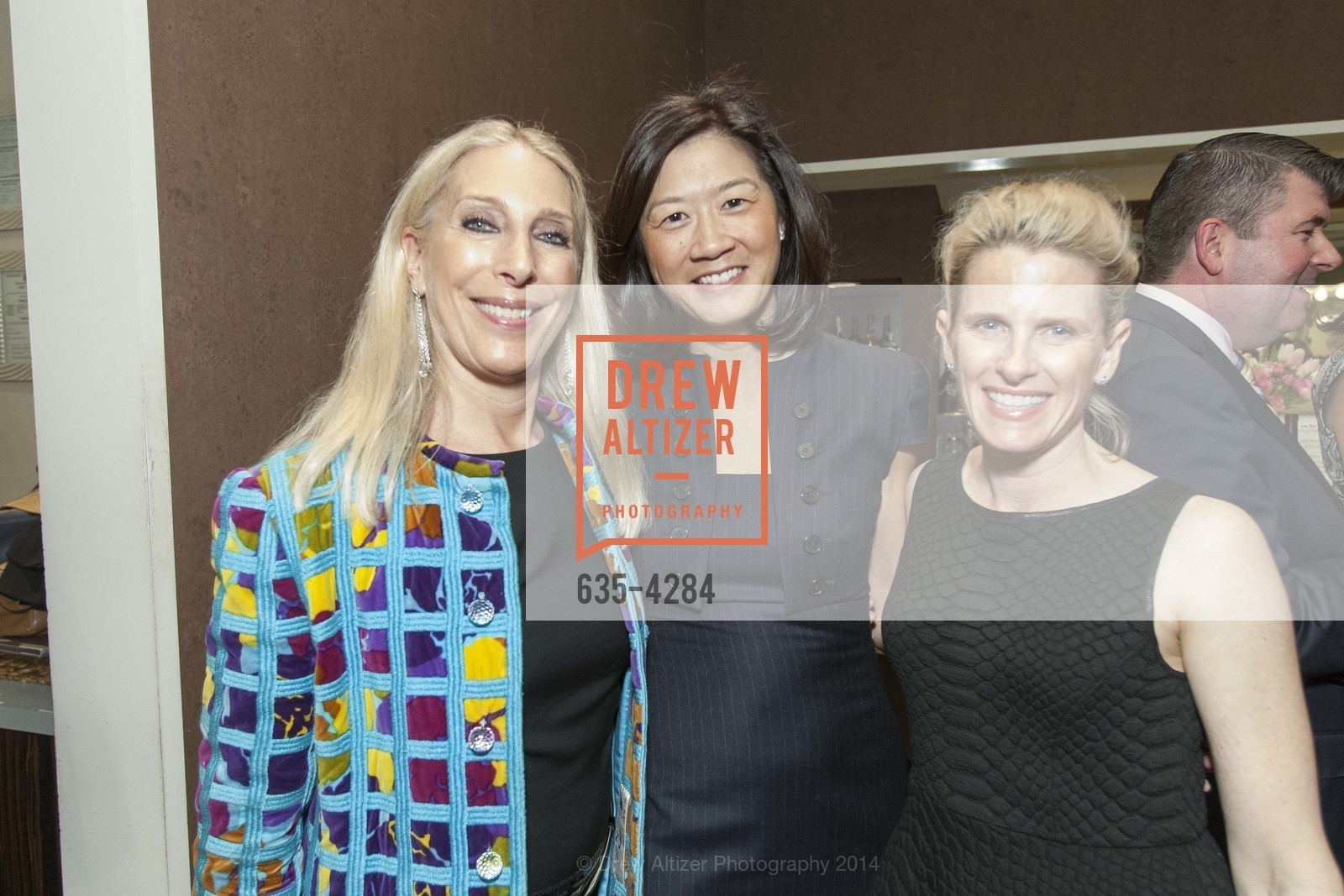 Betsy Linder, Christine Leong Connors, Marie Hurabiell, Photo #635-4284