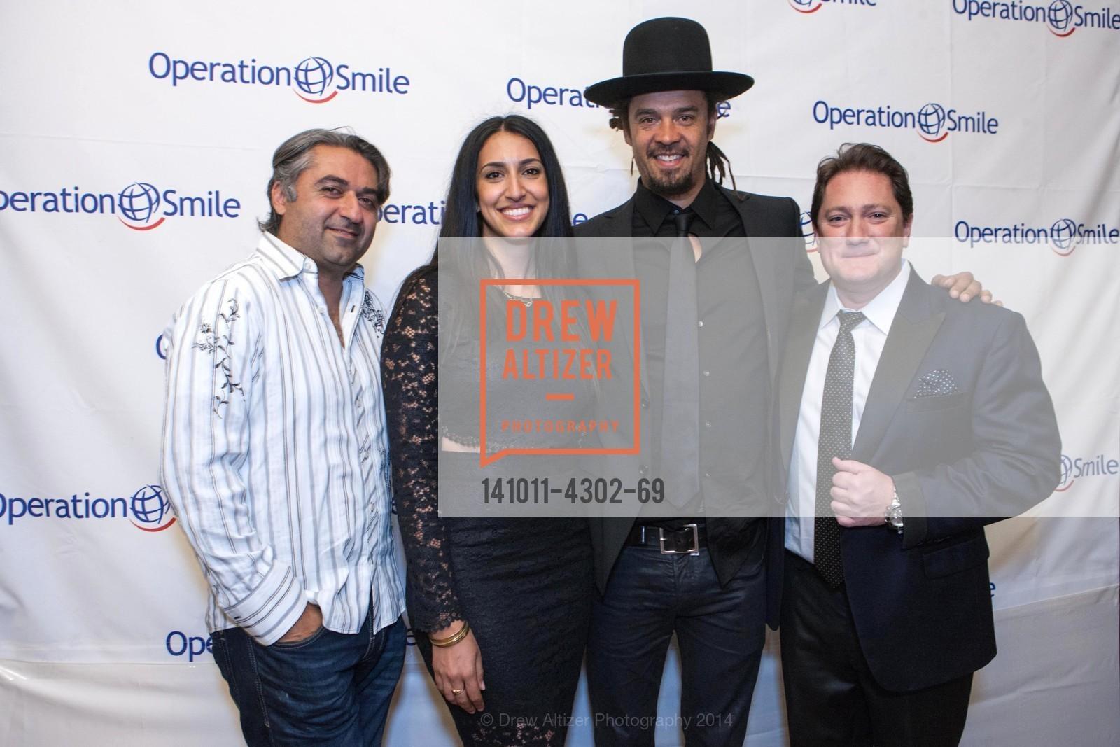 Hooman Khalili, Sara Agah, Michael Franti, Liam Mayclem, Photo #141011-4302-69