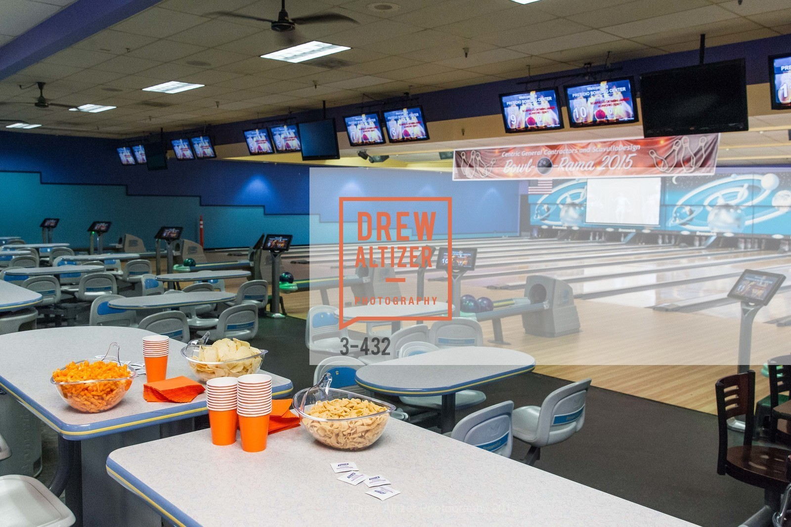 Atmosphere, ScavulloDesign Centric Builders Bowling Party, Presidio Bowl. 93 Moraga Ave, October 29th, 2015,Drew Altizer, Drew Altizer Photography, full-service event agency, private events, San Francisco photographer, photographer California