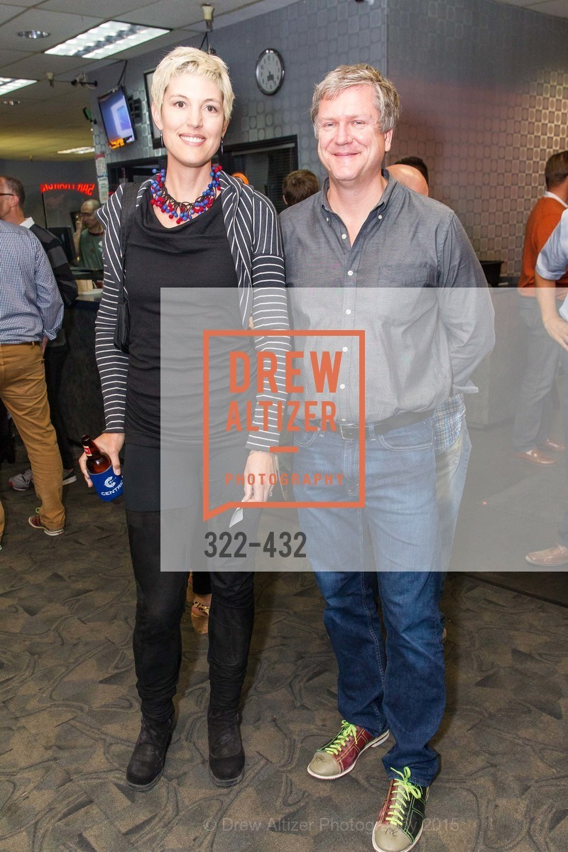 Eliza Hart, Dave Sturm, ScavulloDesign Centric Builders Bowling Party, Presidio Bowl. 93 Moraga Ave, October 29th, 2015,Drew Altizer, Drew Altizer Photography, full-service agency, private events, San Francisco photographer, photographer california