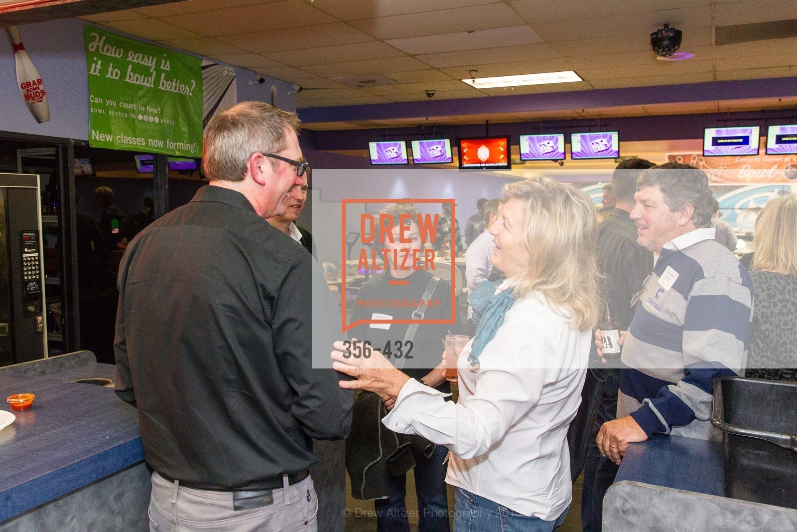 Silvina Blasen, Tim McDonald, ScavulloDesign Centric Builders Bowling Party, Presidio Bowl. 93 Moraga Ave, October 29th, 2015,Drew Altizer, Drew Altizer Photography, full-service agency, private events, San Francisco photographer, photographer california