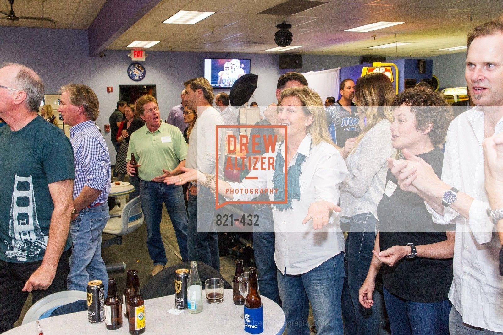 Flin McDonald, Silvina Blasen, Eric Blasen, ScavulloDesign Centric Builders Bowling Party, Presidio Bowl. 93 Moraga Ave, October 29th, 2015,Drew Altizer, Drew Altizer Photography, full-service agency, private events, San Francisco photographer, photographer california
