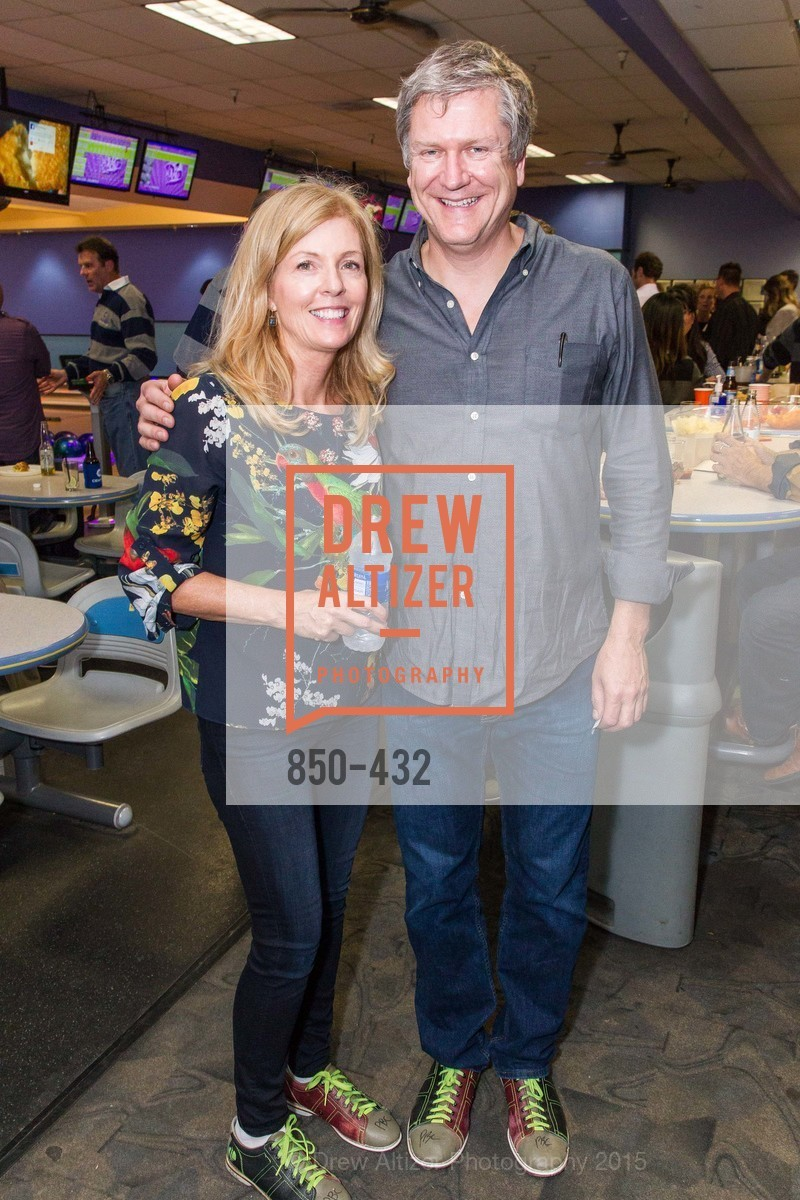 Paula Bennett, Dave Sturm, ScavulloDesign Centric Builders Bowling Party, Presidio Bowl. 93 Moraga Ave, October 29th, 2015,Drew Altizer, Drew Altizer Photography, full-service agency, private events, San Francisco photographer, photographer california