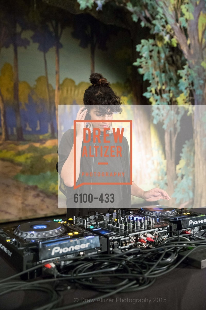 Mozhgan Shariat, SFMOMA Contemporary Vision Award, Regency Ballroom. 1300 Van Ness, November 3rd, 2015,Drew Altizer, Drew Altizer Photography, full-service agency, private events, San Francisco photographer, photographer california