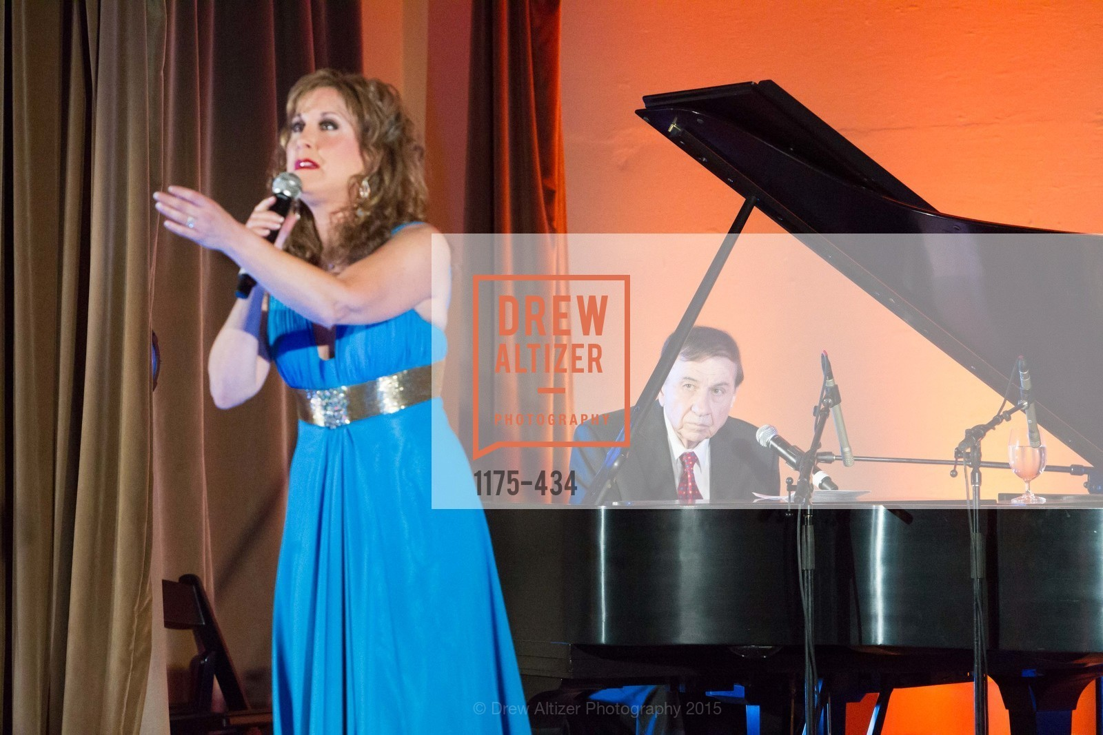 Jodi Benson, The Walt Disney Family Museum Fundraising Gala and Diane Disney Miller Lifetime Achievement Award, Golden Gate Club. 135 Fisher Loop in the Presidio, November 3rd, 2015,Drew Altizer, Drew Altizer Photography, full-service event agency, private events, San Francisco photographer, photographer California