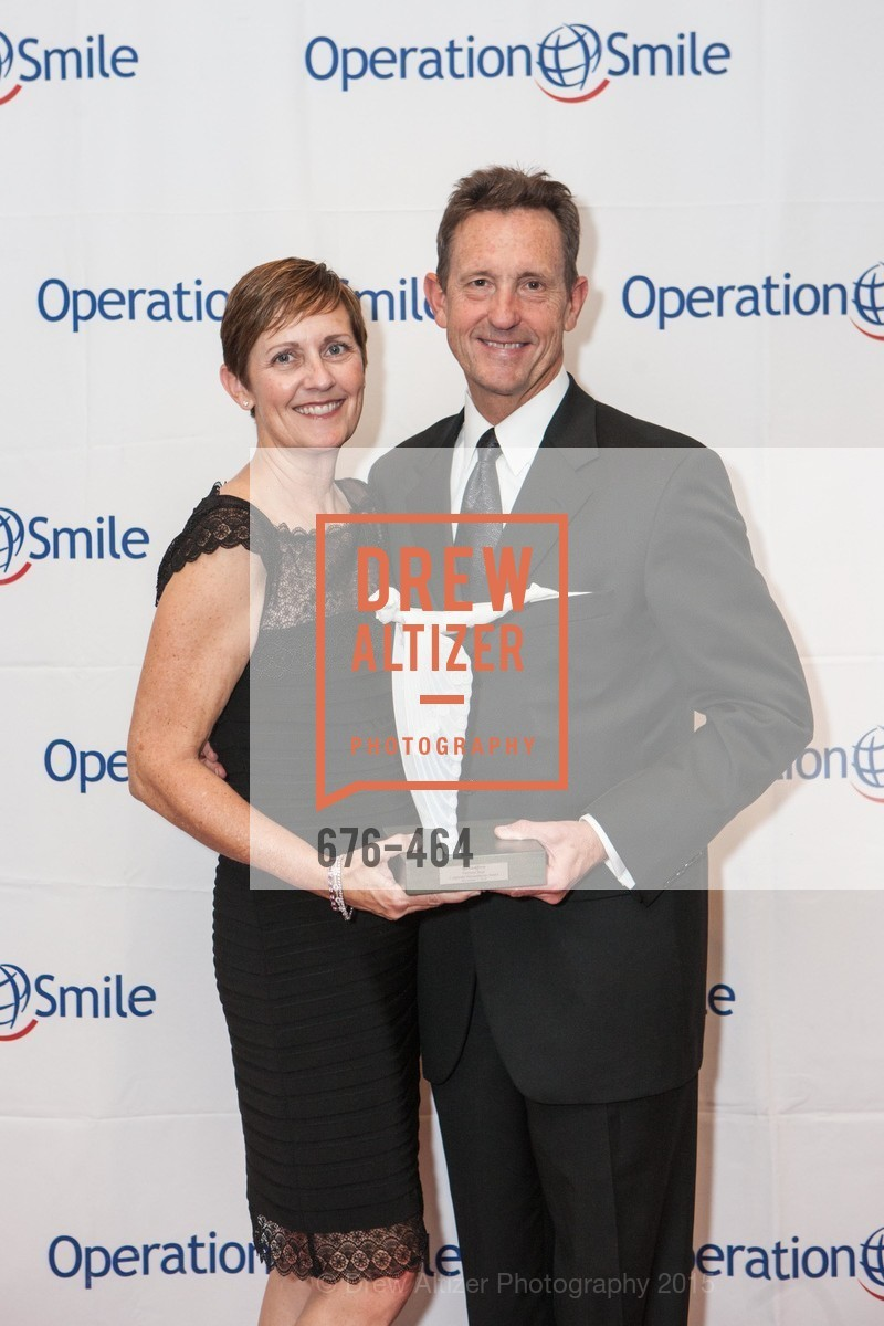 Dawn Burdick, Kim Burdick, Operation Smile Presents THE SAN FRANCISCO 2015 SMILE GALA, InterContinental Hotel, November 7th, 2015,Drew Altizer, Drew Altizer Photography, full-service event agency, private events, San Francisco photographer, photographer California