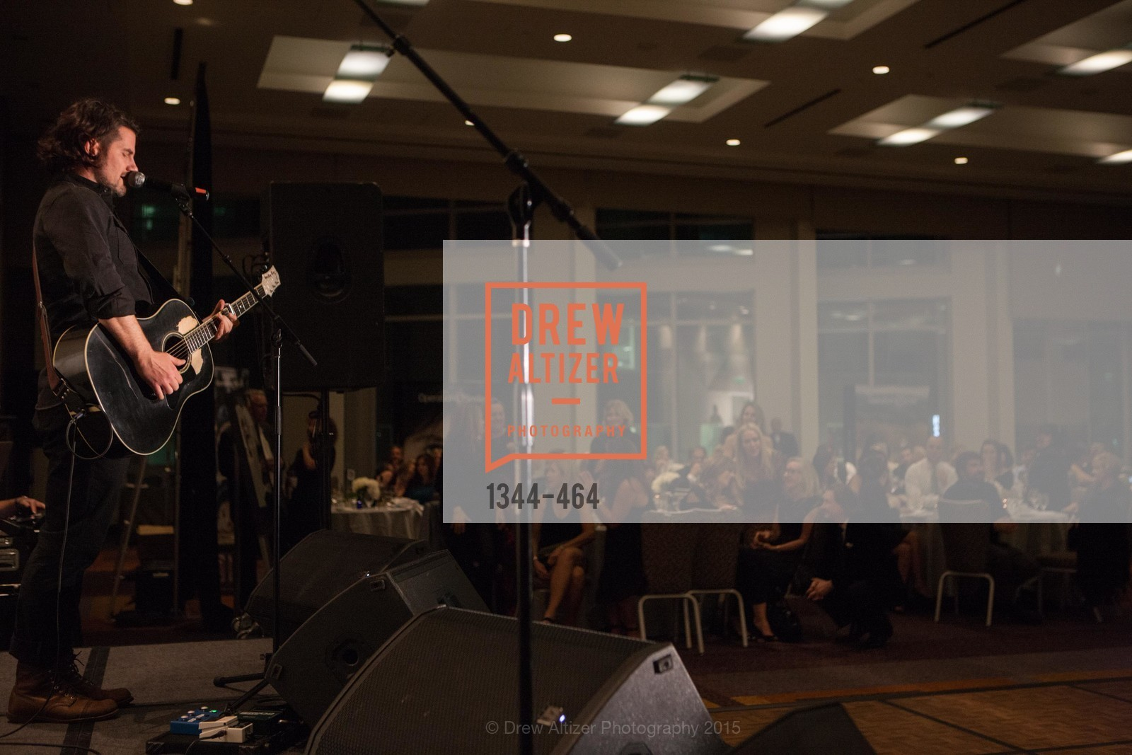 Performance By Matt Nathanson, Operation Smile Presents THE SAN FRANCISCO 2015 SMILE GALA, InterContinental Hotel, November 7th, 2015,Drew Altizer, Drew Altizer Photography, full-service agency, private events, San Francisco photographer, photographer california